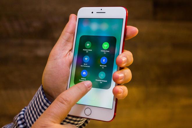 iOS 11 ios 11 - Với iOS 11,  chẳng cần nút Home cũng đã tắt được iPhone