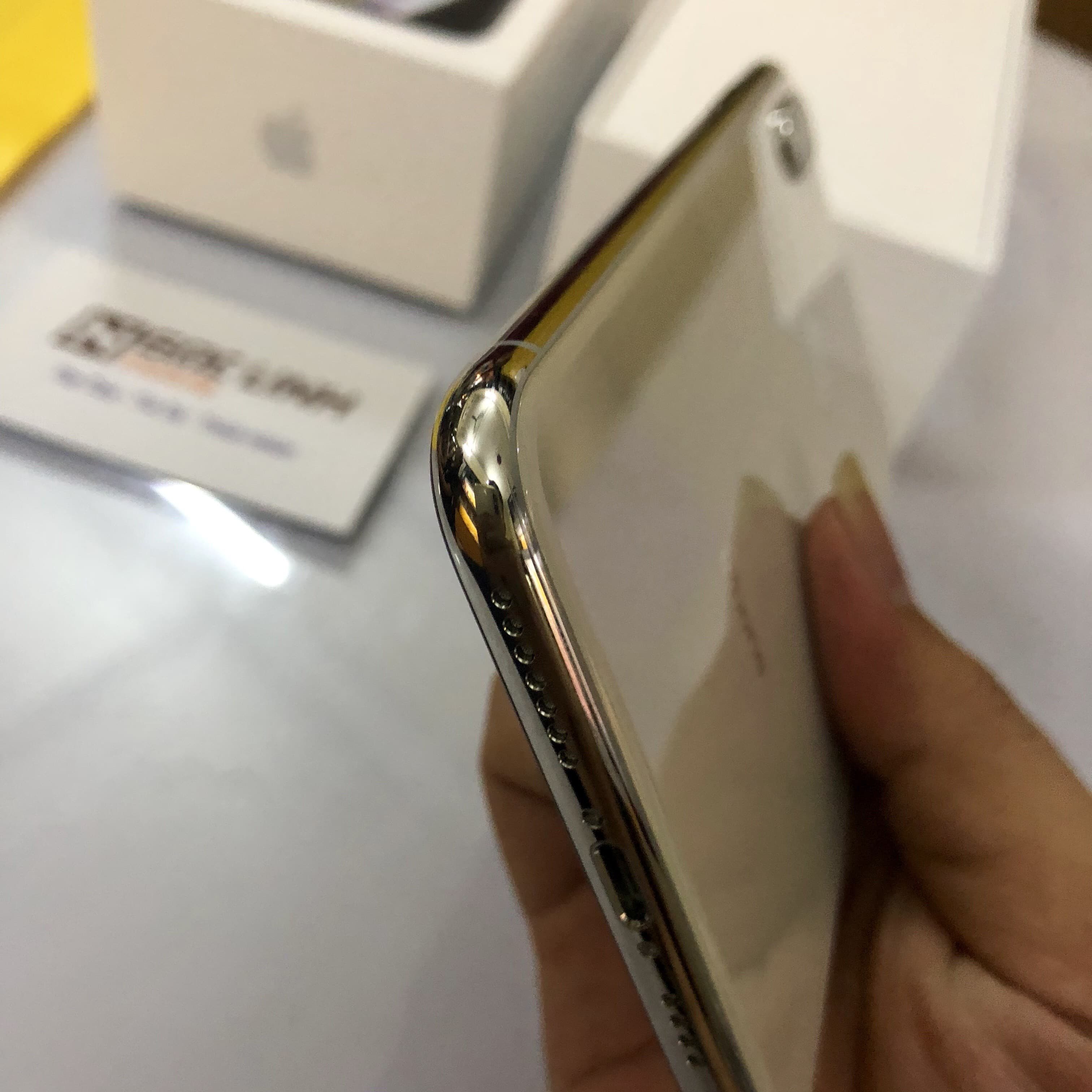 iPhone Xs Max iphone xs max - Ngọc Linh Mobile đập hộp iPhone Xs Max 256G