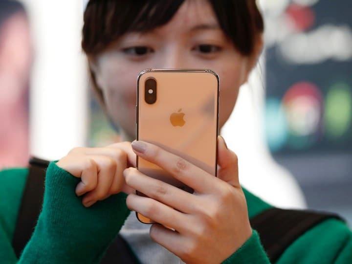 iPhone Xs Max iPhone Xs Max - Camera iPhone Xs Max tự động làm mịn da khi Seflie