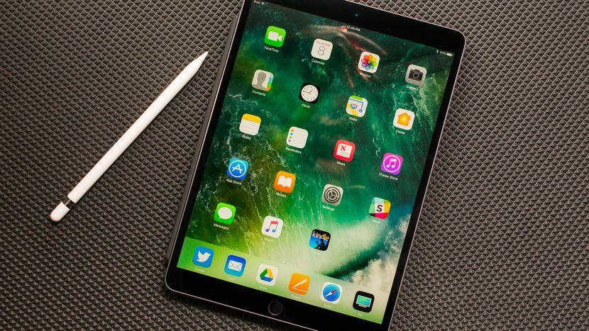 iPad Pro 10.5 inch iPad Pro 10.5 inch - iPad Pro 10.5 inch