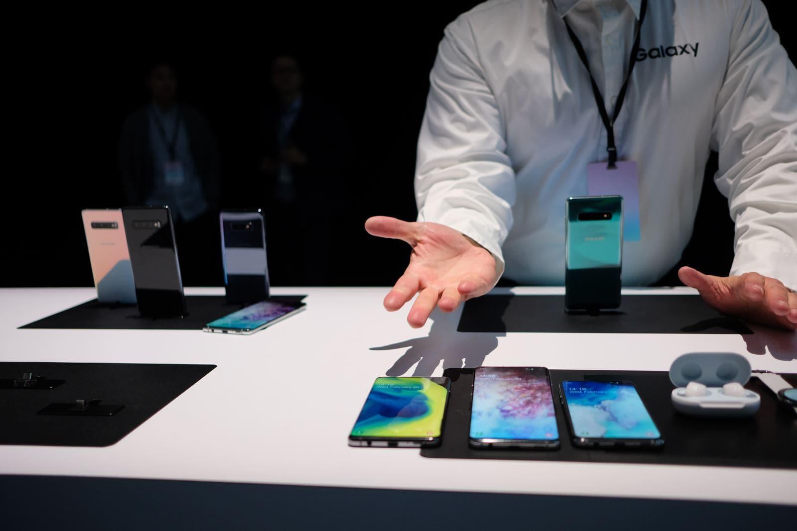 Galaxy S10 - Cùng ngắm bộ ba tuyệt tác của Samsung: Galaxy S10 , S10+ , S10e