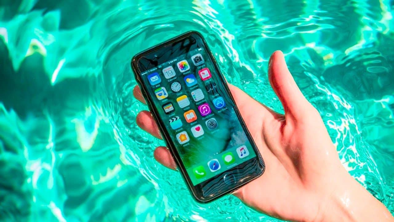 Smartphone chống nước