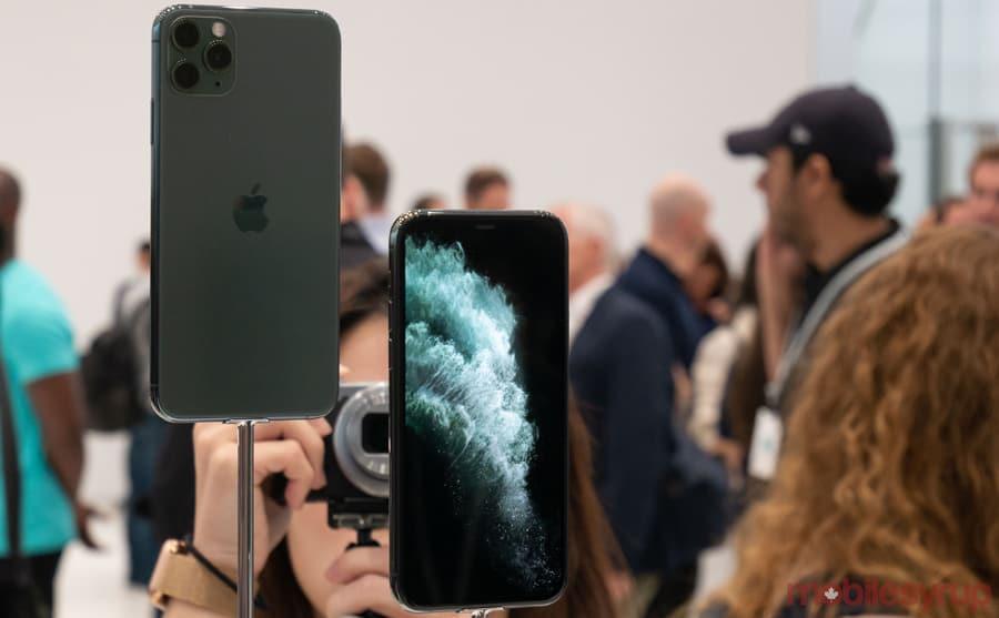iPhone 11 - Màn hình trên iPhone 11 có gì thay đổi so với iPhone Xr
