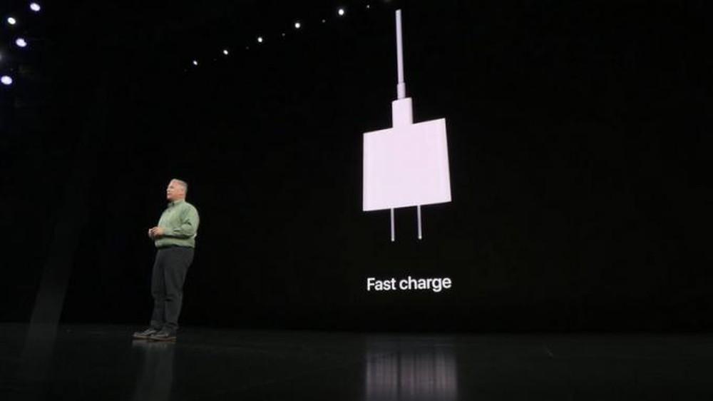iPhone 11 Pro/Pro Max - Bộ sạc nhanh của iPhone 11 Pro/Pro Max khác biệt như thế nào?