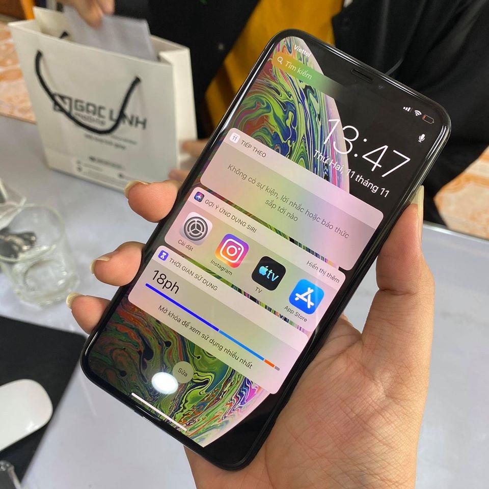 iPhone XS Max - Có 19 triệu đồng trong tay nên mua iPhone XS Max cũ hay iPhone 11 mới?