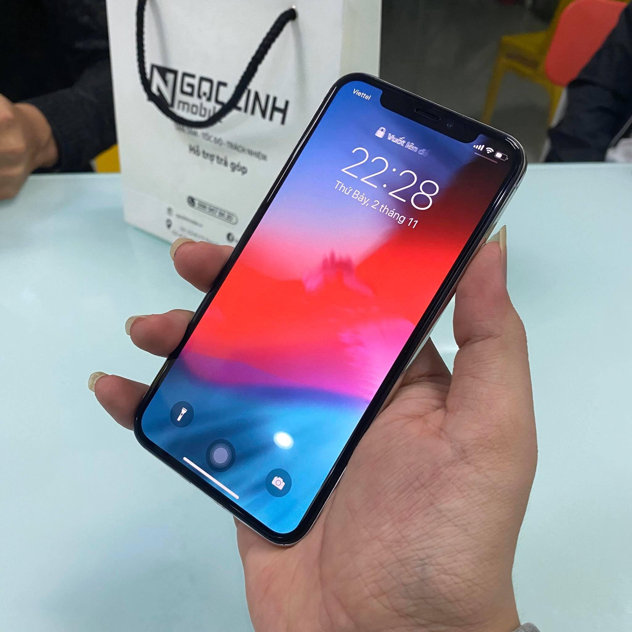 iPhone X iPhone X - iPhone 2019 ra mắt, iPhone X vẫn luôn giữ được độ hot