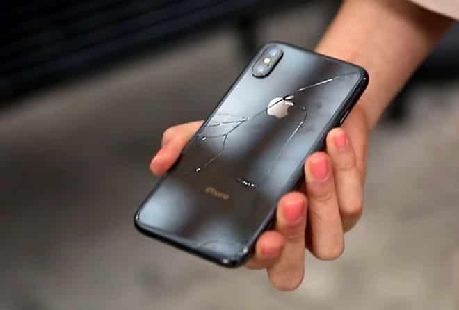 iPhone X mỏng manh
